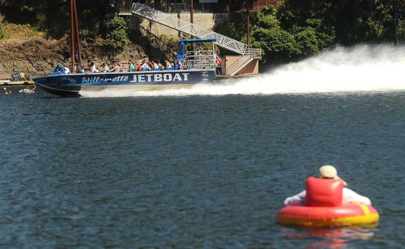 PMG FILE PHOTO - The Oregon State Marine Board passed regulations that would create a pass-through zone from the Hawthorne Bridge to Waverly Marina, essentially restricting towed water sports in that area.