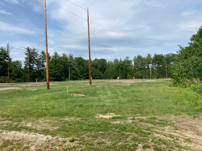 Somersworth's Planning Board unanimously granted site plan approval for a 135,000-square-foot athletic and fitness facility, proposed to be located at 165 Route 108 in Somersworth behind the Hilltop Fun Center.